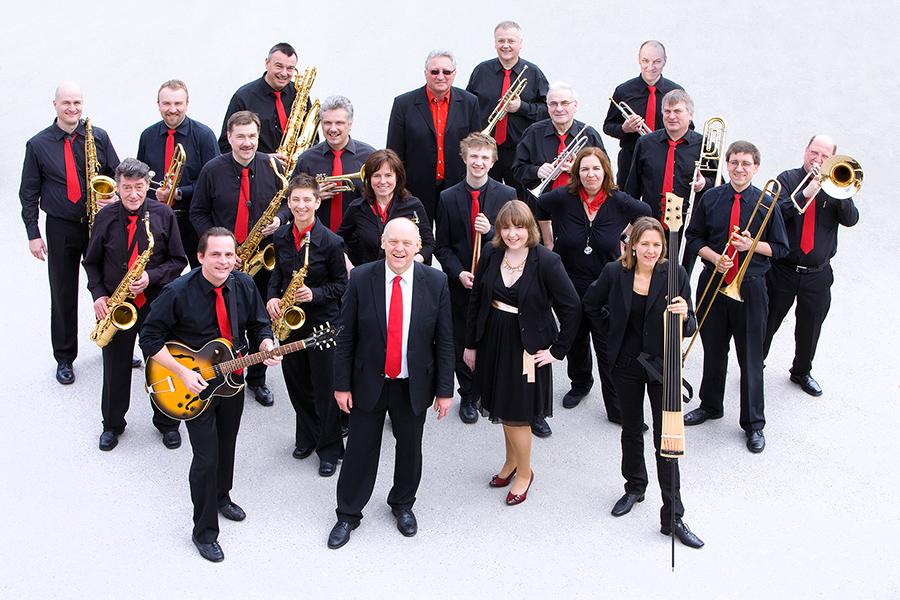 Die Bad Aiblinger BigBand spielen auch 2018 in Prien am Chiemsee