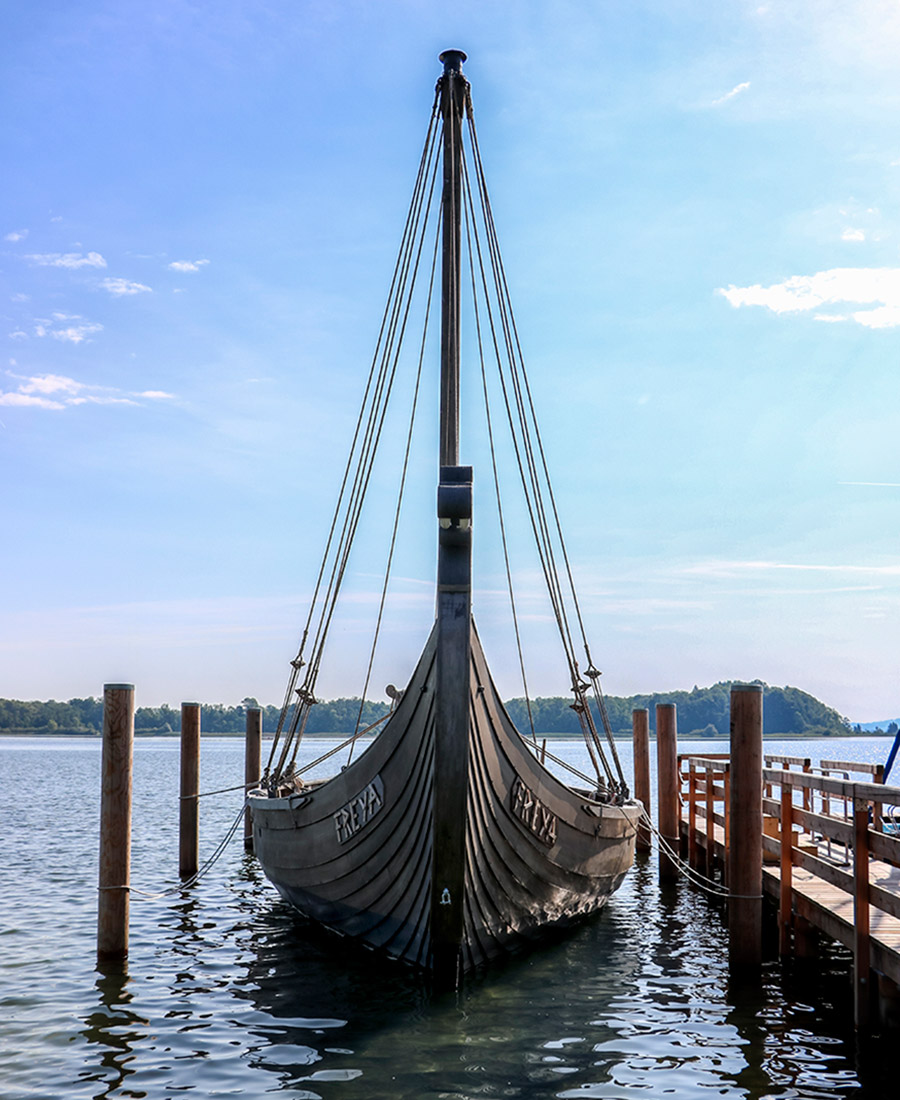 Mit dem Wikingerschiff über den Chiemsee