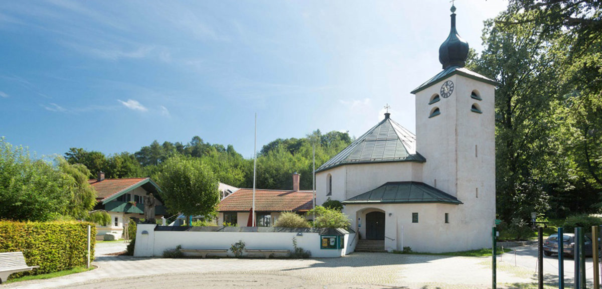 Außenansicht Evangelische Kirche Prien