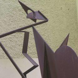 Werner Skulptur allein