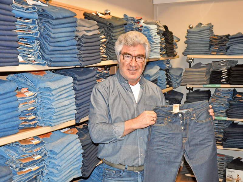 Priener Jeans-Palast (C) Ulrich Pfaffenberger